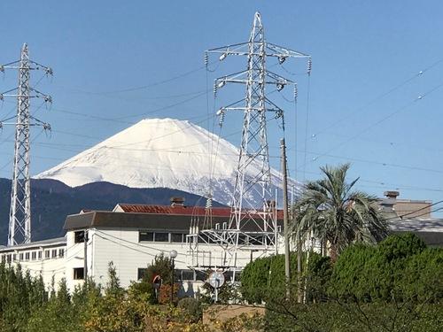 白い富士山.jpg
